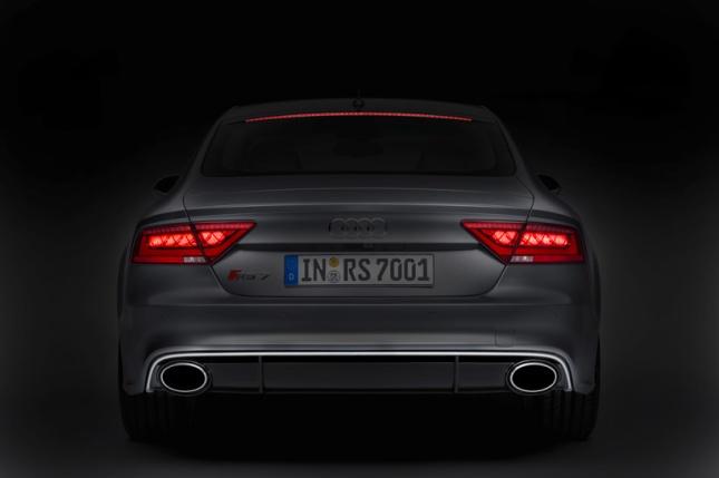 audi-RS-7-sportback-neckarsulm-designboom13