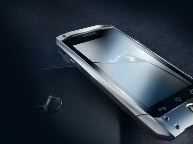 tonino-lamborghini-antares-smartphone-designboom01